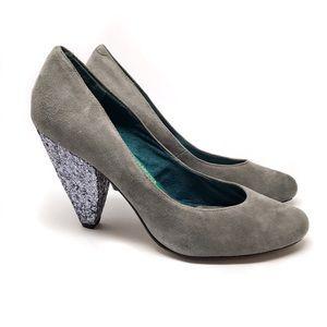 Seychelles Gray Suede Glitter Heel Pump 8.5